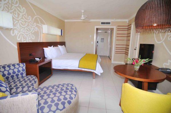 Holiday-Inn-Vanuatu2