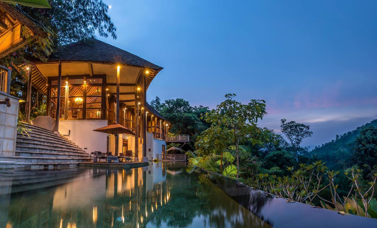 Villa In Malaysia